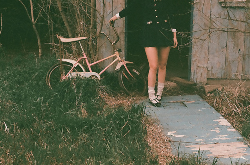 bicycle-dress-girl-hipster-vintage-Favim.com-286645